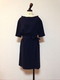 BURBERRY LONDON belted boat neck crepe dress