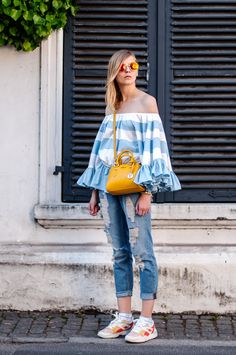 Summer Style: striped volant blouse blue and white, yellow bag furla, tom tailor boyfriend jeans distressed, puma sneaker colorful - Hamburg, Streetstyle, Outfit, Blogger