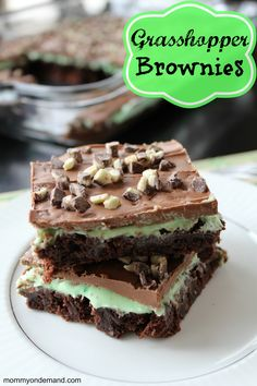 You will absolutely love these Grasshopper Brownies!
