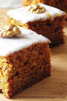 Oliwka w czekoladzie: Ciasto marchewkowe z musem jabłkowym Banana Bread, Sweet Tooth, Deserts, Food And Drink, Cooking Recipes, Sweets, Cookies, France, Nails