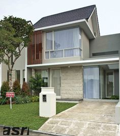Modern Tropical Architecture Design There are 50 + Modern Tropical Architecture Design below The tropical style is one of the most popular styles in the world. House Design, House, Minimalist House Design, House Exterior, Facade Design, House Styles, Exterior Design, House Designs Exterior, Minimalist Home