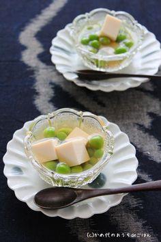 Japanese food / グリンピースと絹豆腐のおひたし