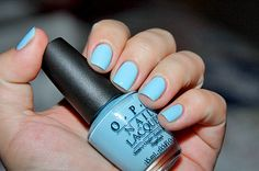 This would be so cute for summer, you know blue nails being a trend now and everything. #Blue #Nails