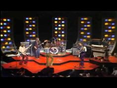 7-21 in 1981: After a number of lawsuits, deaths, and accidents, the group Steely Dan breaks up, not to fully reform onstage until 2000. Here is Steely Dan singing Reelin in the Years - Live-1973 - Midnight-Special®