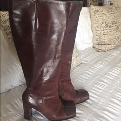 Burgundy High Heel Boots Preloved - in fair condition - has some scuffs behind the heels - the front is square - real leather - color is burgundy brown - 4 each heel - zippers all work - comes up to knees  - I'm 5'5 and that where the boots come to ALDO Shoes Heeled Boots