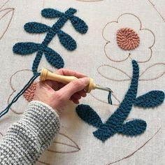 Eva Verbruggen - Textileartist (@hetateliervanevav) • Instagram-foto's en -video's Punch Needle, Kids Rugs, Instagram, Home Decor, Decoration Home, Kid Friendly Rugs, Room Decor, Home Interior Design, Home Decoration