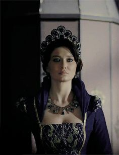 kosem sultan sends her regards Sultan Kosem, Gold And Black Dress, Medieval Gown, Princess Aesthetic, Badass Women, Crown Royal, Ottoman Empire, Fantasy Jewelry, Costume Dress