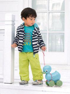 Coupe-vent bébé - Collection Printemps été 2014 www.vertbaudet.fr À tomber cette couleur acidulée de pantalon!