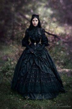 Victorian Goth Fashion