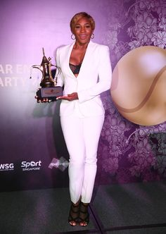 Serena Williams at the Year-End Gala Party in Singapore Serena Williams Photos, Serena Williams Tennis, Venus And Serena Williams, Celebrity Singers, Celebrity Feet, Celebrity Style, Serena Tennis, Black Magic Woman, Bnp