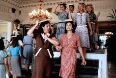 Doris Murphy (Rosie O'Donnell), Mae Mordabito (Maddona) ~ A League of Their Own (1992) ~ Movie Stills ~ #moviestills #leagueoftheirown #90smovies