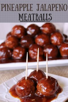 These Pineapple Jalapeno Meatballs are sweet with a little kick. Perfect to snack on for any occasion. These Pineapple Jalapeno Meatballs are sweet with a little kick. Perfect to snack on for any occasion. Appetizer Dips, Yummy Appetizers, Appetizers For Party, Appetizer Recipes, Healthy Eating Tips, Clean Eating Snacks, Beef Recipes, Cooking Recipes, Jalapeno Recipes
