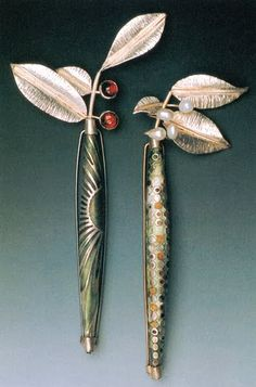 Linda Darty - Garden Brooches. http://www.annabelchaffer.com/categories/Designer-Jewelery/