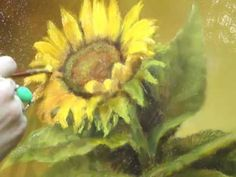 How to Paint a Realistic & Vibrant Sunflower - Video Demo - The Art and Fine Art Tips with Lori McNee
