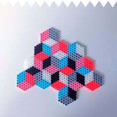 Geometric hama perler design by sara seir