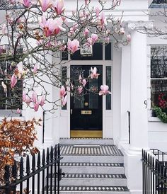 London looking so beautiful even on the greyest day.  #Love #London #City #View #Luxury #Home #House #Wanderlust #Photography #Nature #Street #Door #Black #Pink #Cute #Pretty #Flowers #Architecture #Georgian #Blossom #White #Friday #Weekend #Gold #Rain #Grey by thearcadiaonline