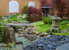 Learn the dos and don'ts of Asian landscape design from an experienced professional. Plus see photos and get ideas for your own Asian garden. Japanese Garden Landscape, Small Japanese Garden, Asian Landscape, Japanese Garden Design, Japanese Gardens, Japanese Style, House Landscape, Traditional Japanese, Asian Garden