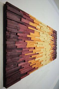 ¡ HOLA! Bienvenido a StainsandGrains Esta obra de arte de pared de madera preciosa se hace de 300 piezas individuales de madera en distintas alturas y longitudes, dándole una textura realmente, visualmente invitando a sentir. El esquema de color simple mueve el ojo desde el centro a los bordes, pero hay tanto que ver con la forma. Es un pedazo de cogida del ojo muy pulido que va a ser la pieza central de cualquier espacio en. Este particular arte moderno de madera tamaño: 48 w 22 h…