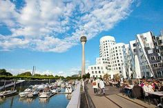 DUESSELDORF ON A SUNNY DAY