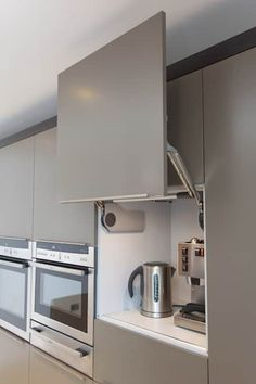 #homeideas #kitchenorganization #kitchenstorageideas #kitchencabinets
