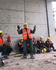 Chinese construction worker shuffle dance 🔥 for Engineering Information Visit 👇 - hip hop style - Hip Hop Dance Videos, Dance Music Videos, Dance Choreography Videos, Cool Dance Moves, Lets Dance, Video Humour, Funny Video Memes, Wow Video, Funny Short Videos