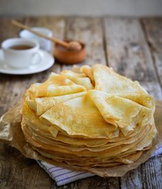 Protein crepes are one of the best breakfasts you can have if you are looking for a low-carb and high-protein meal to start your day. Waffle Recipe Without Butter, Small Batch Waffle Recipe, Waffle Recipe No Milk, Easy Belgian Waffle Recipe, Breakfast Waffle Recipes, Best Waffle Recipe, Yummy Pancake Recipe, Martha Stewart Cooking, Deserts