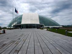 Kutaisi:+hlavní+město+Kolchidy Opera House, Gate, Georgia, Clouds, Building, Travel, Voyage, Buildings, Viajes