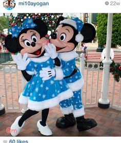 """Mickey and Minnie looking Fabulous!! So """"Minnie"""" costumes!"""