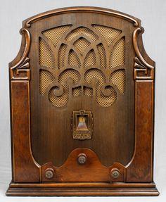 Silvertone 1930's Wood Cathedral Vacuum Tube Radio Works | eBay