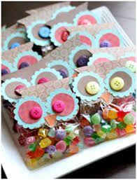 Risultati immagini per decorare cioccolato plastico