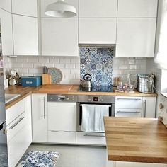The decoration of small apartments is possible thanks to a good distribution and an optimal use of space,Small Apartment ideas Small Apartment Design, Small Apartment Decorating, Small Apartments, Kitchen Furniture, Kitchen Interior, Kitchen Design, Kitchen Decor, Decor Interior Design, Interior Decorating
