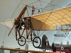 Hermanos Wright, Air Planes, Scale Models, Aviation, Classic Cars, Aircraft, Cardboard Airplane, Dragons, Motorbikes