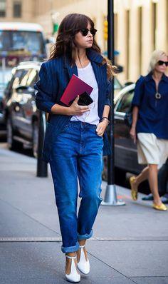 Blazer + Tee + Loose Jeans + Heels