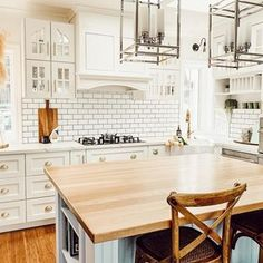 🌟Visha🌟 (@home_with_the_whites) • Instagram photos and videos Kitchen Island, Photo And Video, Videos, Table, Photos, Furniture, Instagram, Home Decor, Pictures