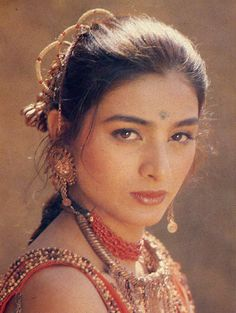 Indian Actress Images, Indian Film Actress, Indian Actresses, Vintage Bollywood, Tabu, Most Beautiful Indian Actress, Bollywood Stars, Indian Wear, Indian Beauty