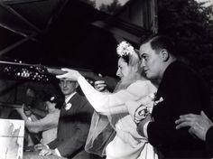 Robert Doisneau // Weddings - Le stand de tir 1946