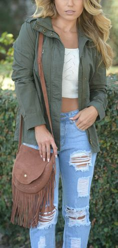 Look stylish in these cute and affordable jeans!