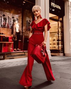 Elegant Summer/Fall Off Shoulder Jumpsuit/Rompers Rompers Women, Jumpsuits For Women, Micah Gianneli, Off Shoulder Jumpsuit, Fashion Models, Fashion Outfits, Mode Chic, The Dress, Lady In Red