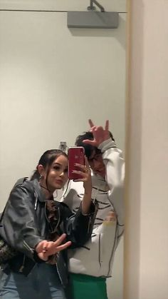 Maggie Lindemann, Cute Couples Goals, Couple Goals, Cute Relationships, Relationship Goals, Brandon Arreaga, Skate Girl, Im Single, Friend Goals