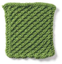 daisy stitch pattern - lays flat, daisy stitch appears on only one side, reverse side shows a nice knot pattern