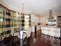 Homeowner Assoc For Sale With 5 Bedrooms, 5 Full Bath, 1 Half Bath, Sq. Ft. 5500 , Nassau, Jericho