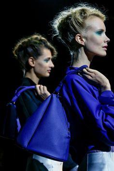 Giorgio Armani Spring 2014 Ready-to-Wear Fashion Show Details