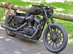 Harley Davidson: Iron 883 custom by Rough Crafts