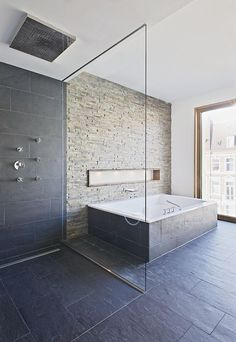 Bathe in a place where you won't want to just get in and out with the top 70 best cool showers. Explore unique bathroom interior design ideas for your home. Slate Bathroom, Open Bathroom, Grey Bathrooms, Bad Inspiration, Bathroom Inspiration, Spa Design, Design Ideas, Best Bathtubs, Bathtub Tile