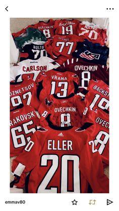 Caps Hockey, Hockey Teams, Hockey Players, Ice Hockey, Hockey Stuff, Dc Cap, Capitals Hockey, Washington Capitals, Field Hockey