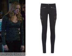 Sara Lance (Caity Lotz) wears these black jeans with zip detailing in this weeks episode of Arrow.  They are the Rag & Bone Black Lariat Zip Detail Skinny Jeans. Sold out.