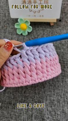 Easy Crochet Stitches, Crochet Basics, Beginner Crochet Blankets, Crochet Basket Pattern, Crochet Patterns, Beginner Crochet Projects, Crochet Projects For Beginners, Crochet Stitches For Beginners, Sewing For Beginners