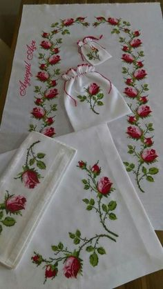 """Efe Gür """"Discover thousands of images about piksel"""" Cross Stitch Rose, Cross Stitch Borders, Cross Stitch Flowers, Cross Stitching, Hand Embroidery Stitches, Hand Embroidery Designs, Cross Stitch Embroidery, Embroidery Patterns, Embroidery Needles"""