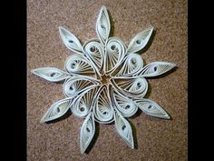 Quilled christmas decoration n°1 step by step - Great video - not in English, but easy to follow anyway.