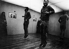 Dan Graham Dan Graham Present Continuous Past(s), 1974 Performance, John Gibson Gallery, New York 1975 ⤢ Graham, John Gibson, Lisson Gallery, Suburban House, Small Wonder, People Videos, Video Studio, The Empress, Music Magazines